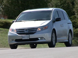 Honda Odyssey Test Drive: 2011 Video Car Review