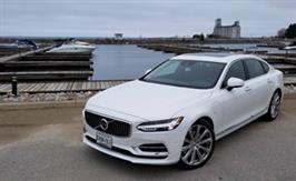 2018 Volvo S90 T8 Inscription: Understated and electrified elegance