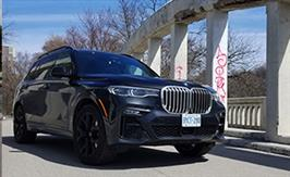 2019 BMW X7 xDrive40i: Lavish, Large and in charge