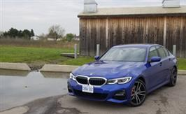 2019 BMW 330i xDrive: Bringing the sport back to sport sedan