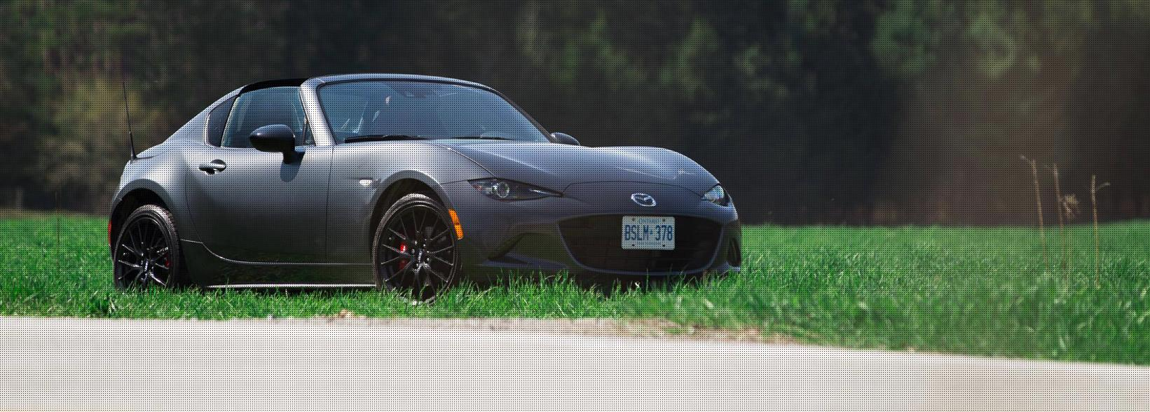 2017 Mazda MX-5 RF: Driving pleasure all year round