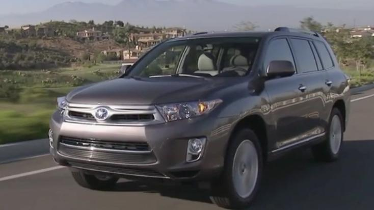2013 Toyota Highlander Hybrid Review - Video Test Drive