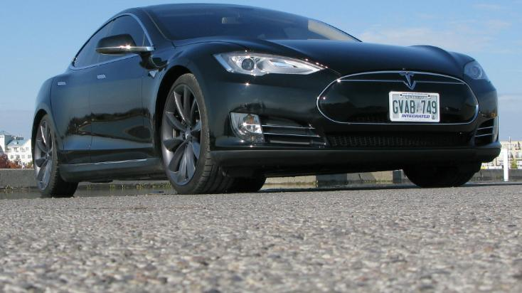 2013 Tesla Model S Review | Video Test Drive