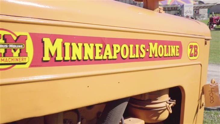 Minneapolis Moline Antique Tractor | Family Collection